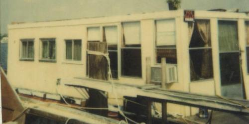 Houseboat trimmed
